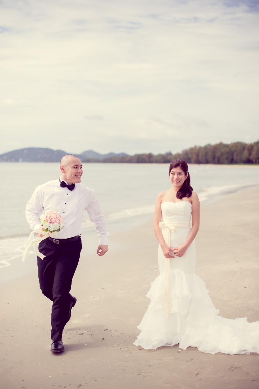 Thailand Wedding Photography: Preview: Beach Pre-Wedding In Hua Hin Thailand