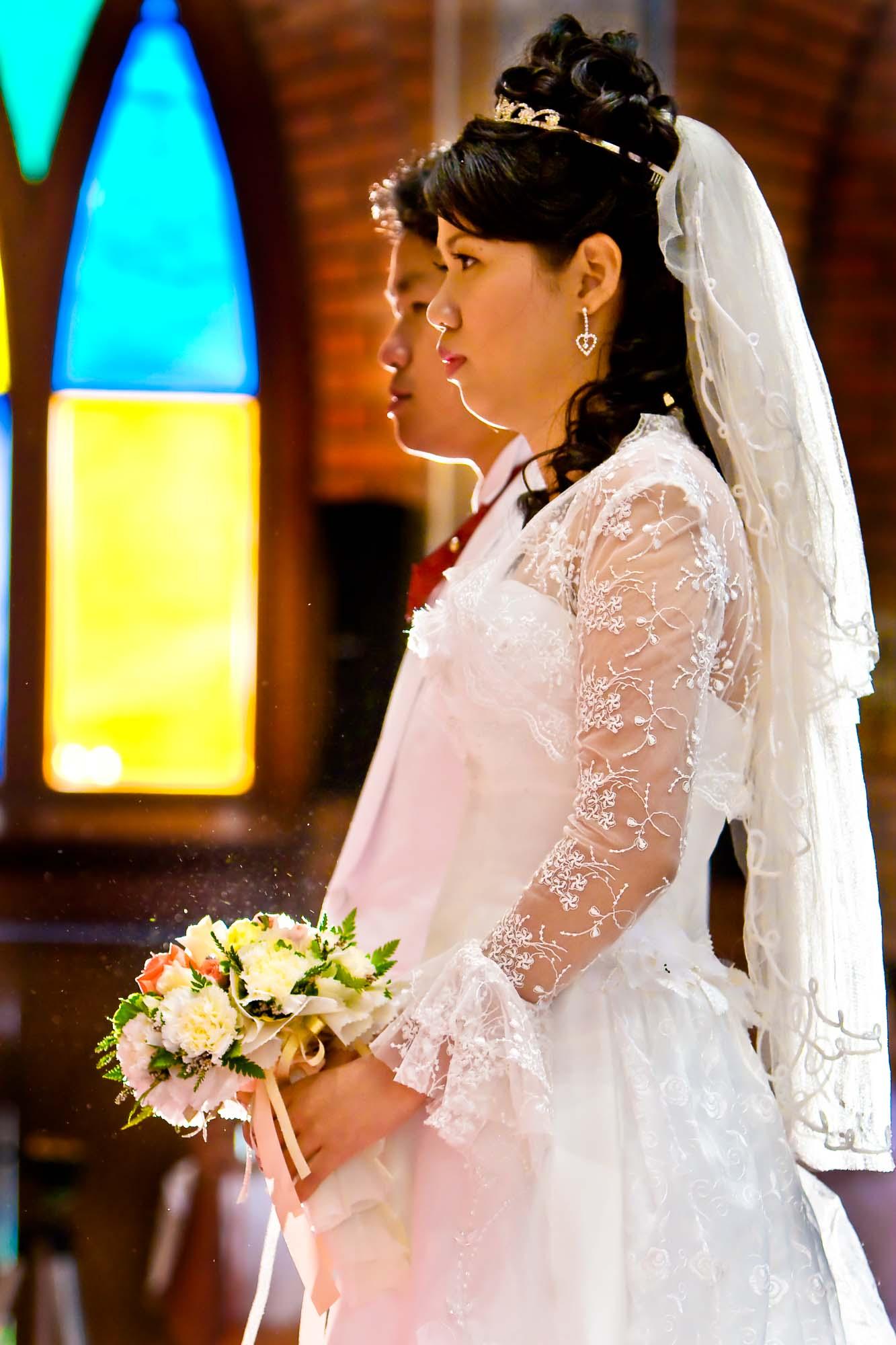 Wedding at Saint John's Church in Bangkok Thailand | Bangkok Wedding Photography
